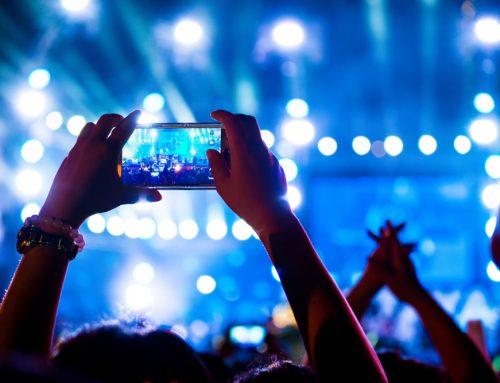 Facebook Live From the Desktop: This Week in Social Media
